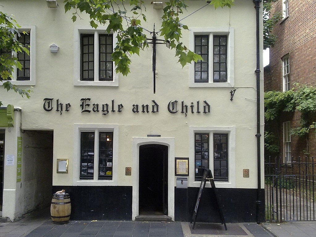 1024px-The_Eagle_and_Child_from_St_Giles_Street.jpg