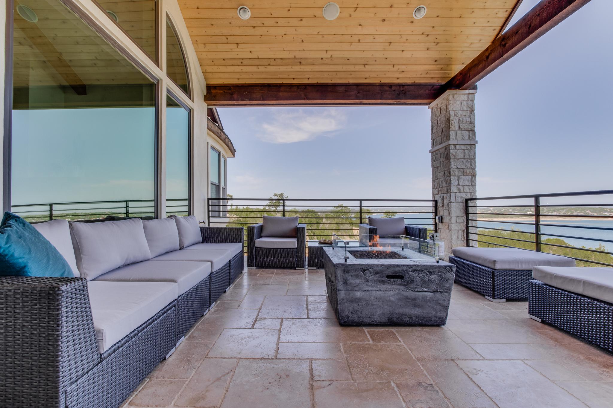 second floor patio 1.jpg