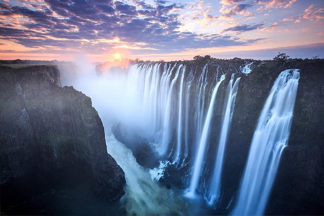 victoria-falls.jpg
