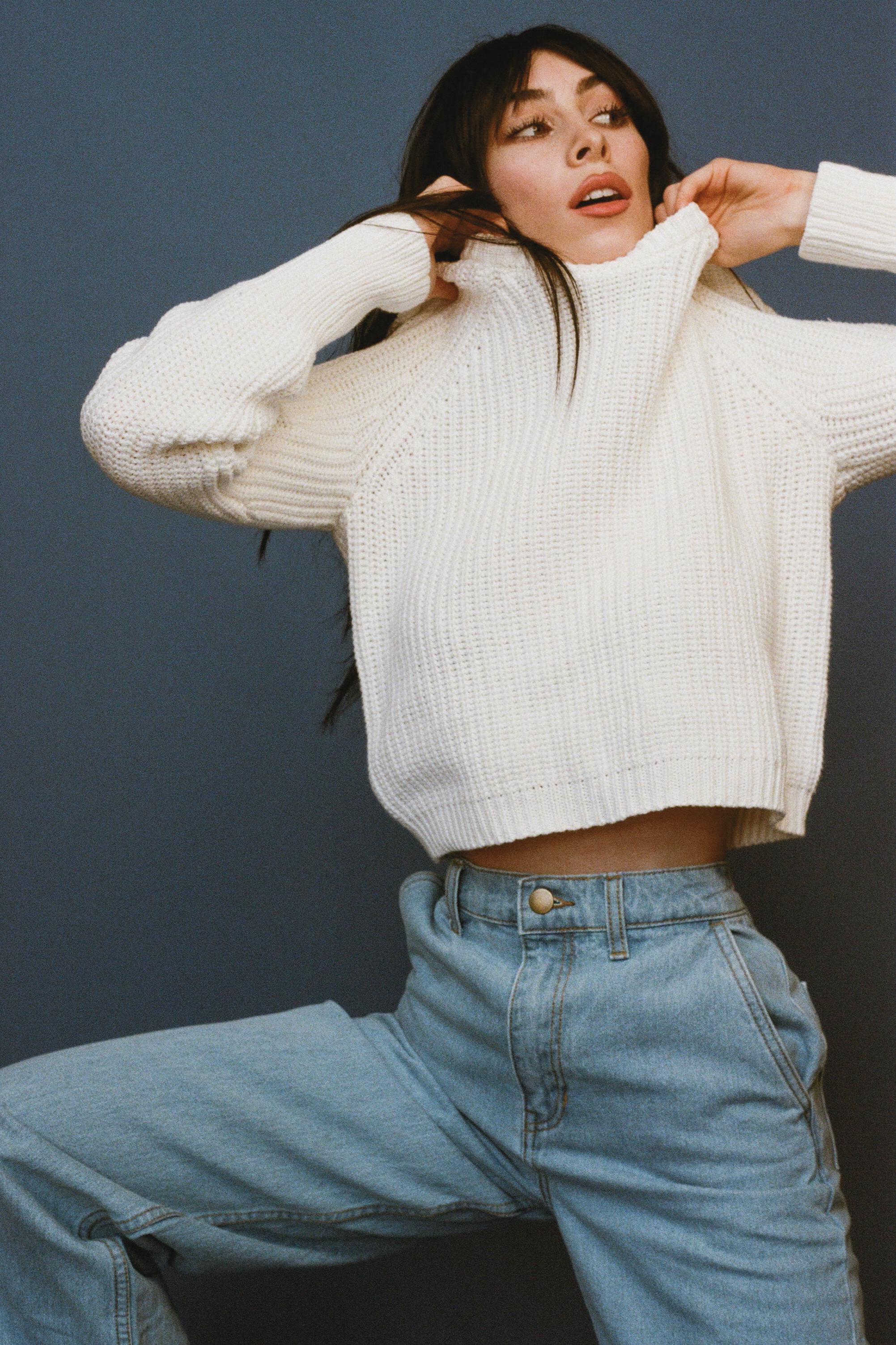 White Sweater5.jpg