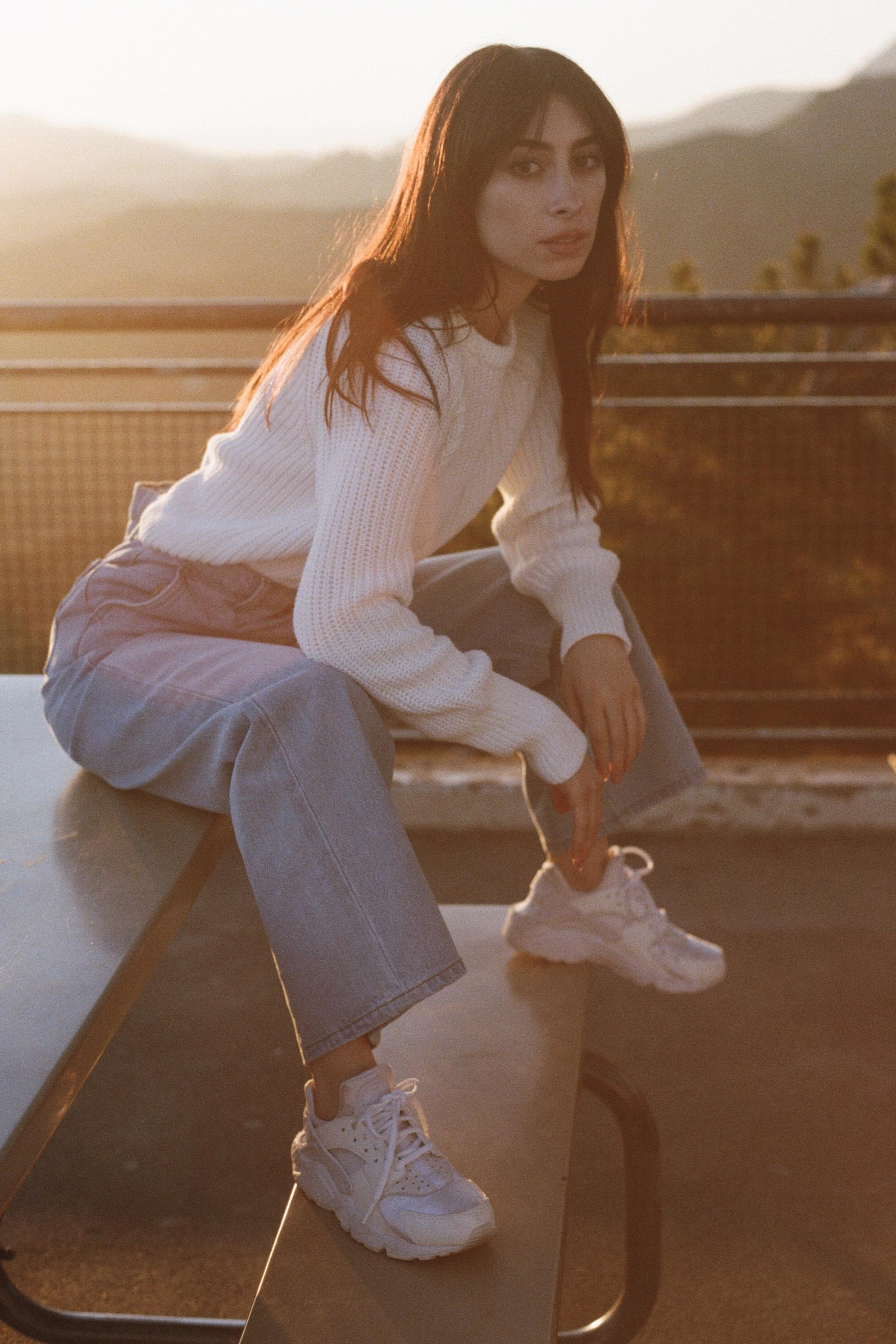 White Sweater6.jpg