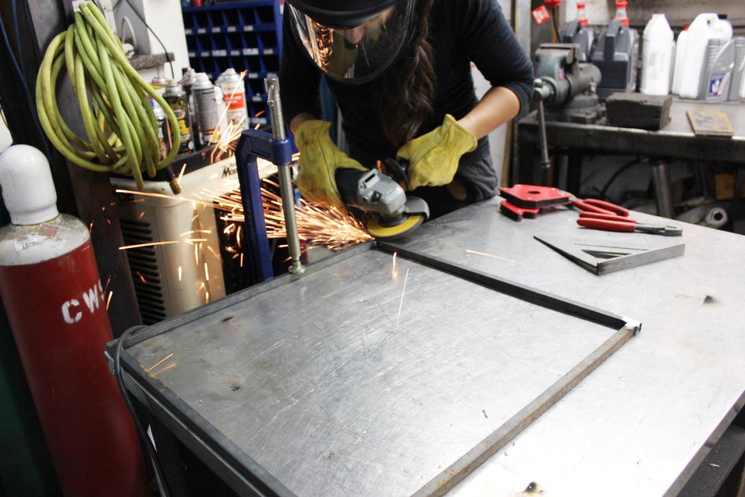 table fabrication.jpg