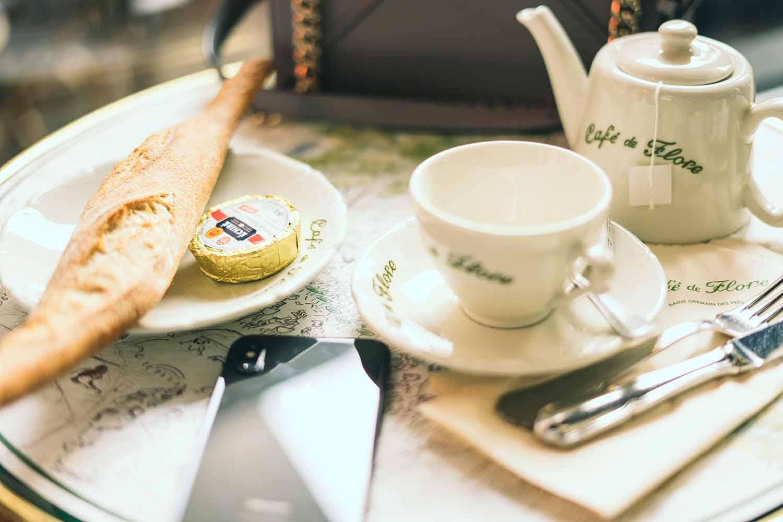 Cafe de Flore , 172 boulevard Saint Germain, 75006