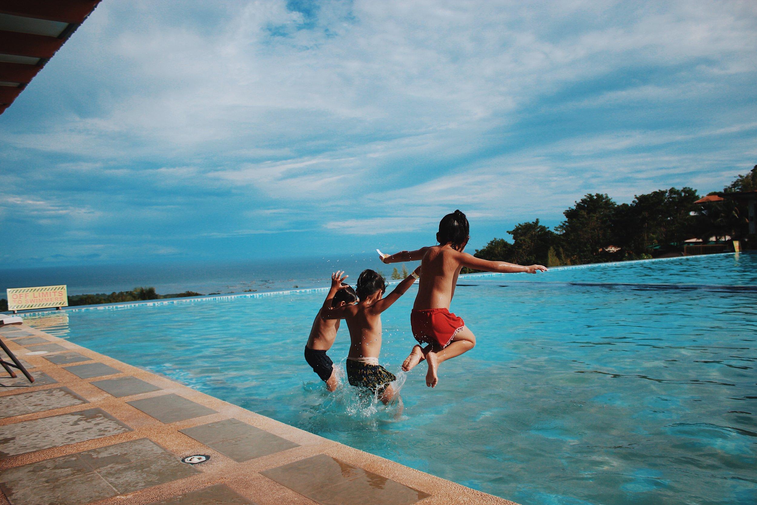 beach-children-enjoyment-870170.jpg