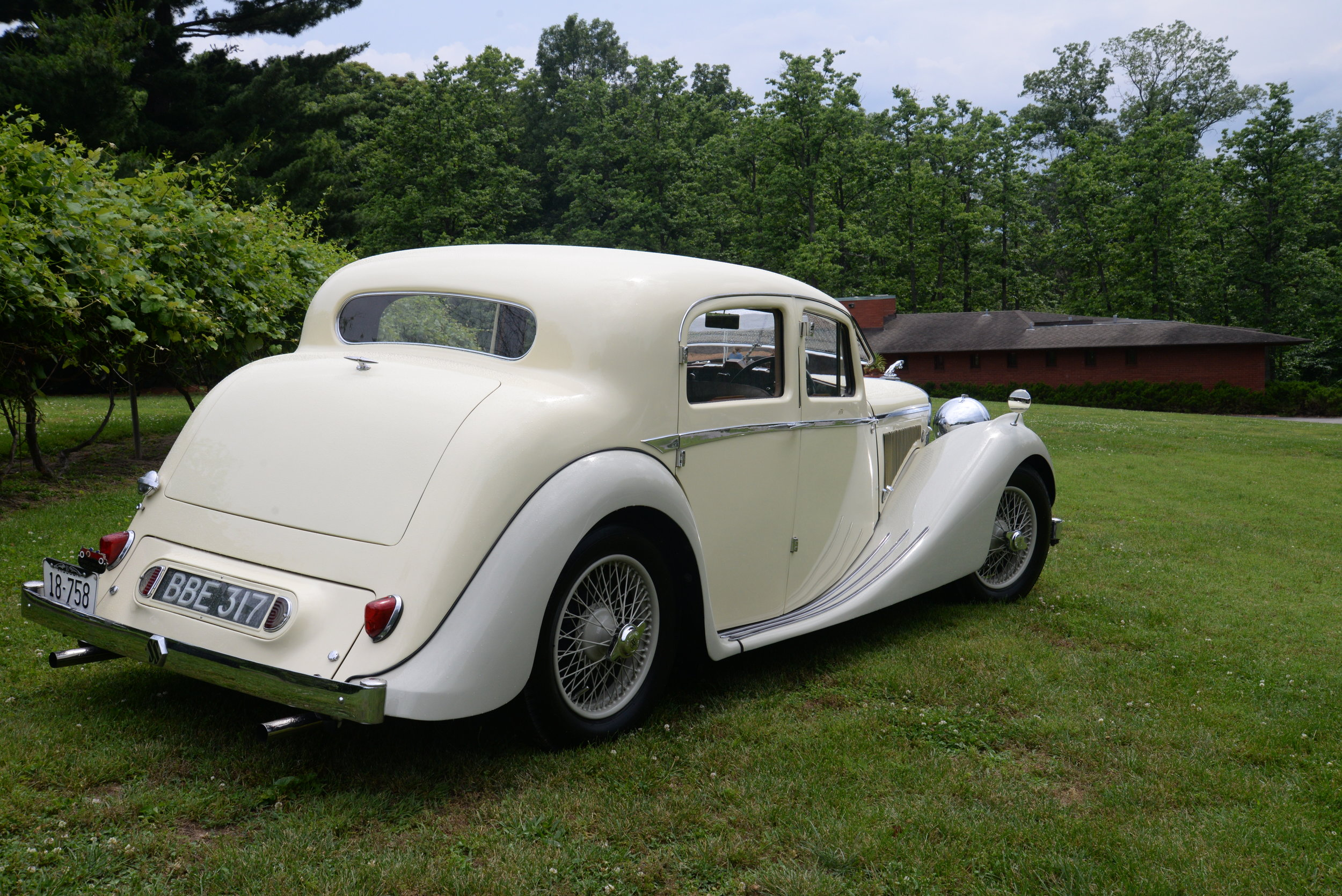 Phil Taxman's 1939 Jaguar SS Saloon