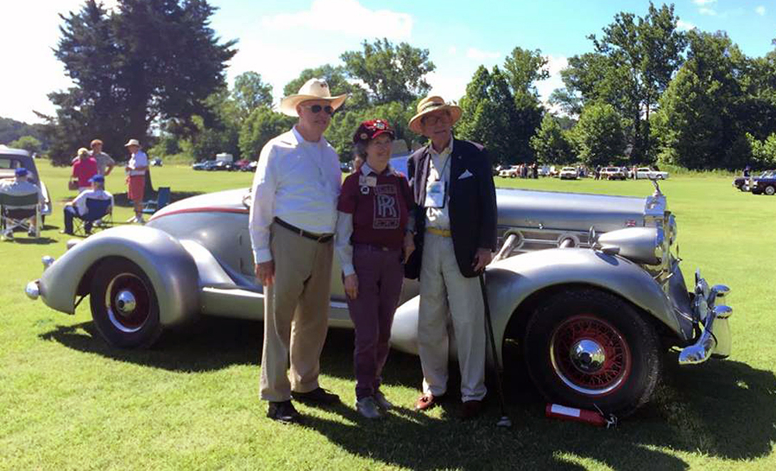 Jim and Myrna Schild with friend and fellow Spirit Region member Bill Davis and their 1948 Rolls-Royce Silver Wraith Westmoreland Speedster (nc).