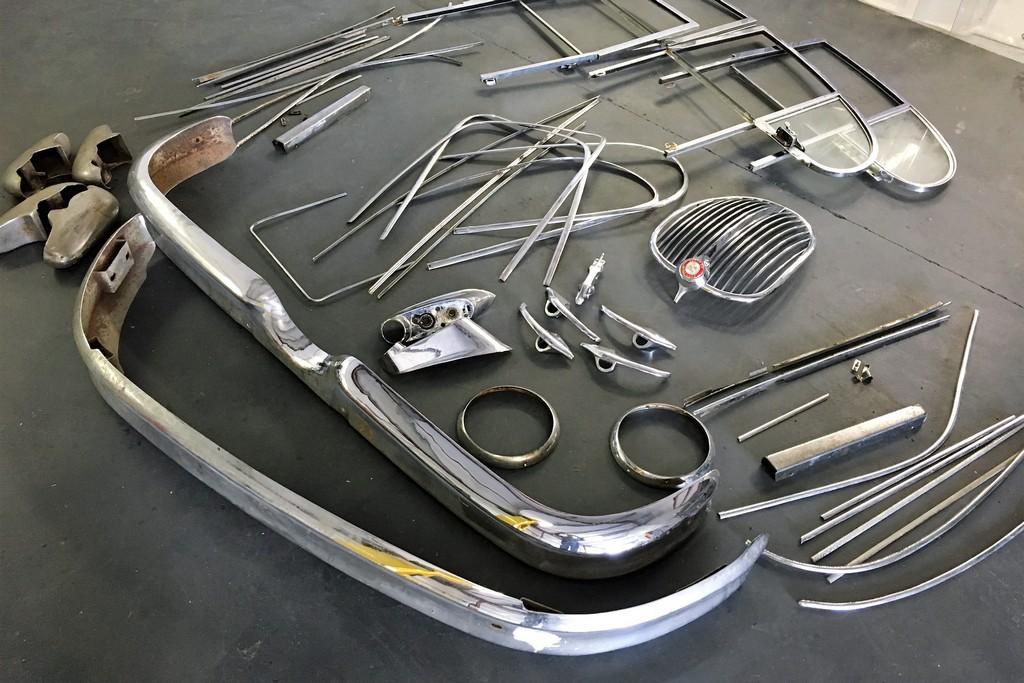 classic-jaguar-parts-for-chroming.jpg