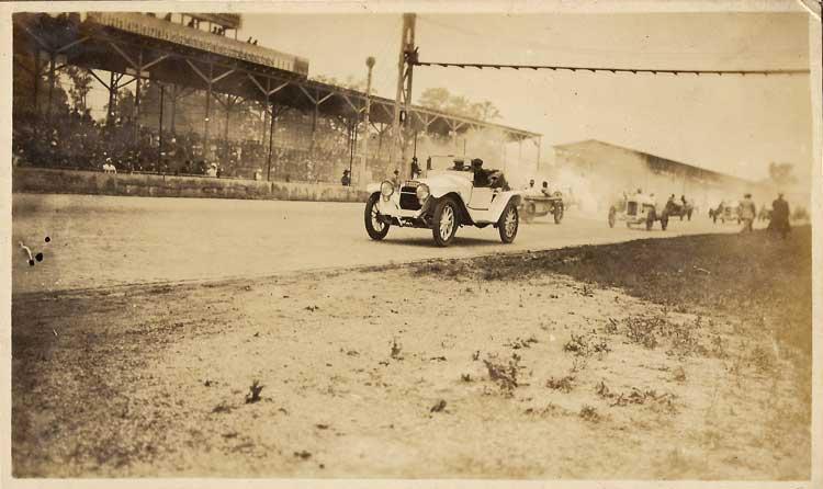 1915 Indy 500 - 6.jpg