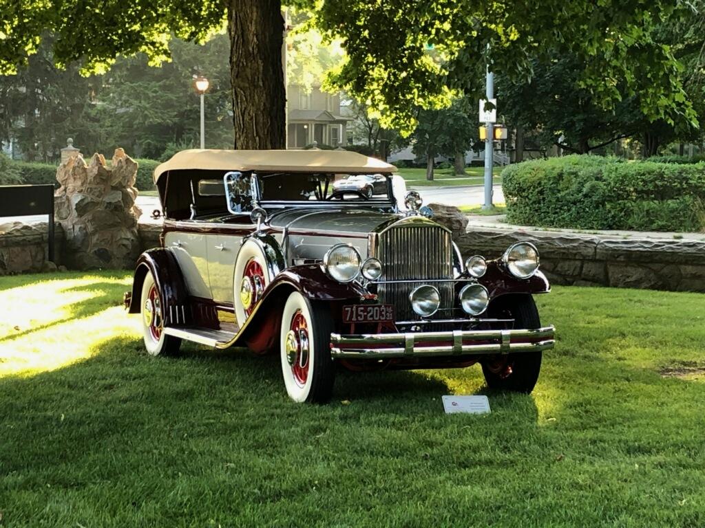 1931 Pierce-Arrow Dual Cowl Phaeton