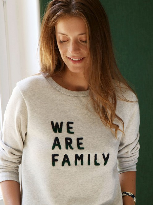le_sweat_we_are_family_-_broderie_bouclette_bicolore_-_gris_chin_-_femme_2_.jpg