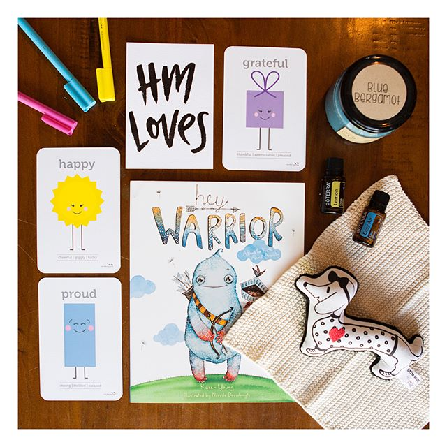 My absolute favourites to support children (and adults 😉) #tolessstress!! INcredible items to build into everyday for the children in your life... Perfect for presents!! 🎁 @twolittleducklings + @hey_sigmund + @littlewuppy + @doterraau + @happyhandshappyheart! Obviously not sponsored, any questions please ask and tag away below to share the love!! 📷@leahladsonphotography