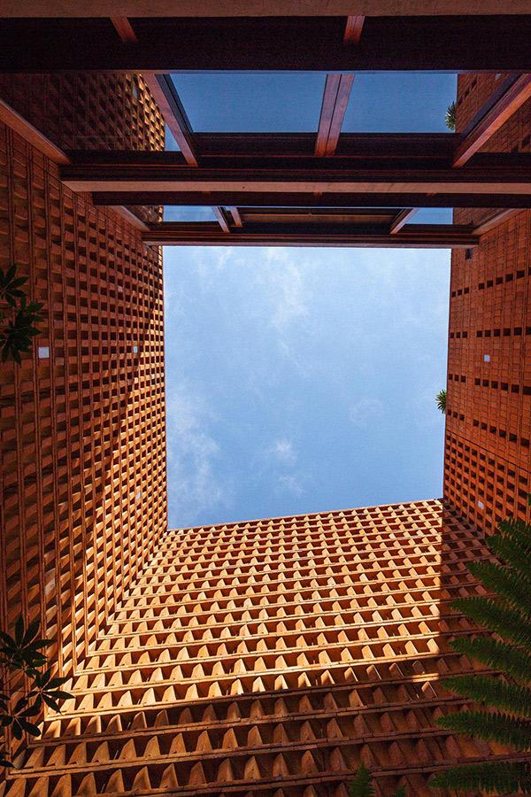 brickhouse_2.jpg