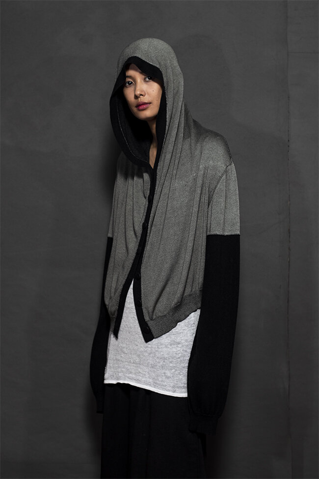 20-27 cropped hoodie 650.jpg