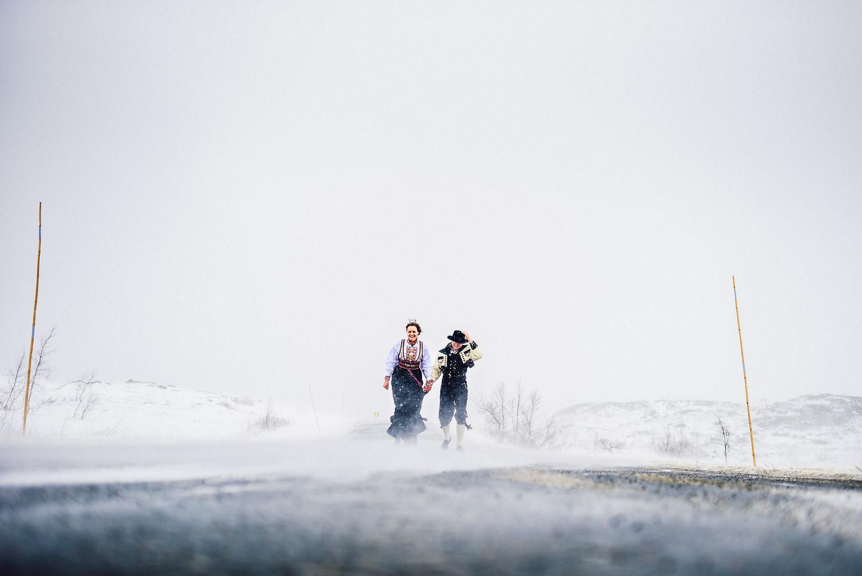 blikkfangerne bryllupsfotograf norge vinter bryllup 011.JPG