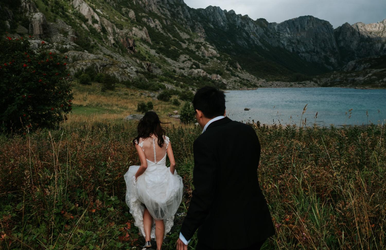 Lofoten pre wedding & engagement photos by Wedding Photographer Vegard Giskehaug