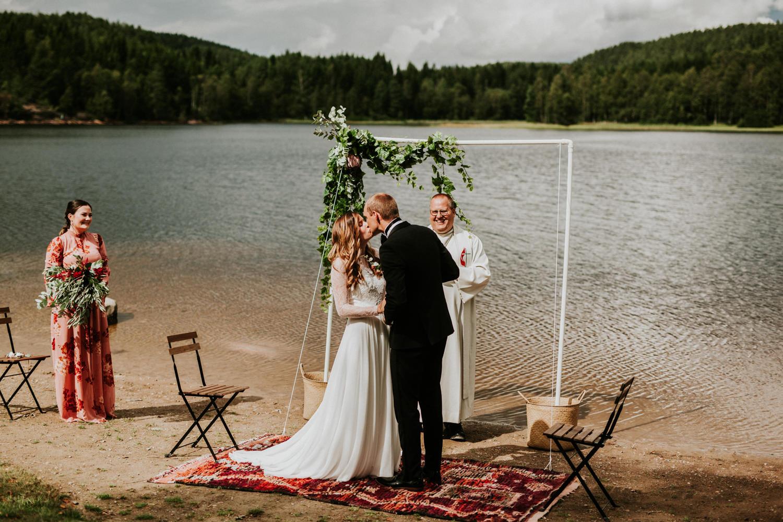 bryllupsfotograf-lageret-tone-tvedt-115.jpg