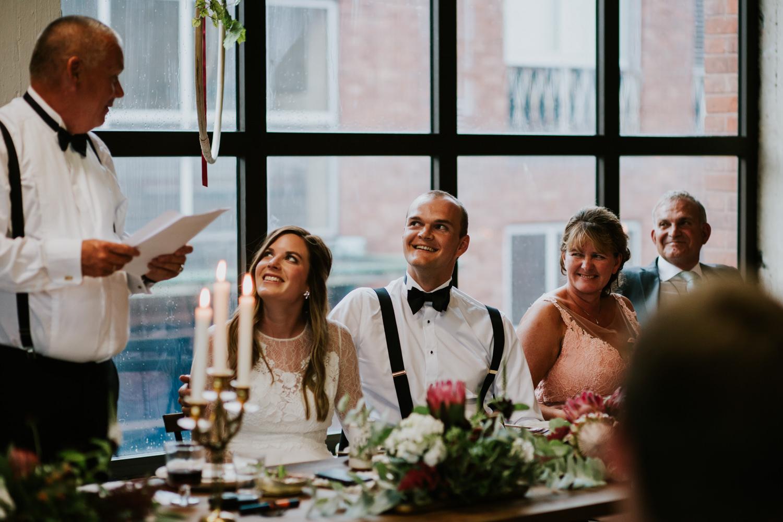 bryllupsfotograf-lageret-tone-tvedt-141.jpg