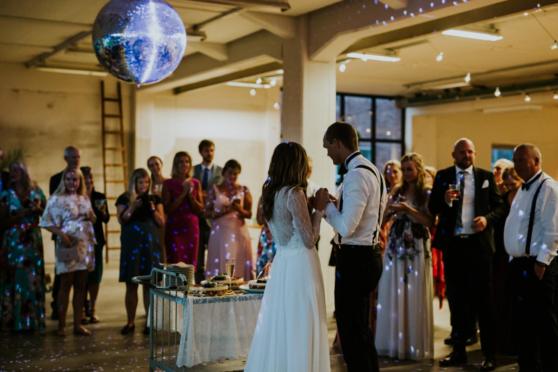 bryllupsfotograf-lageret-tone-tvedt-157.jpg