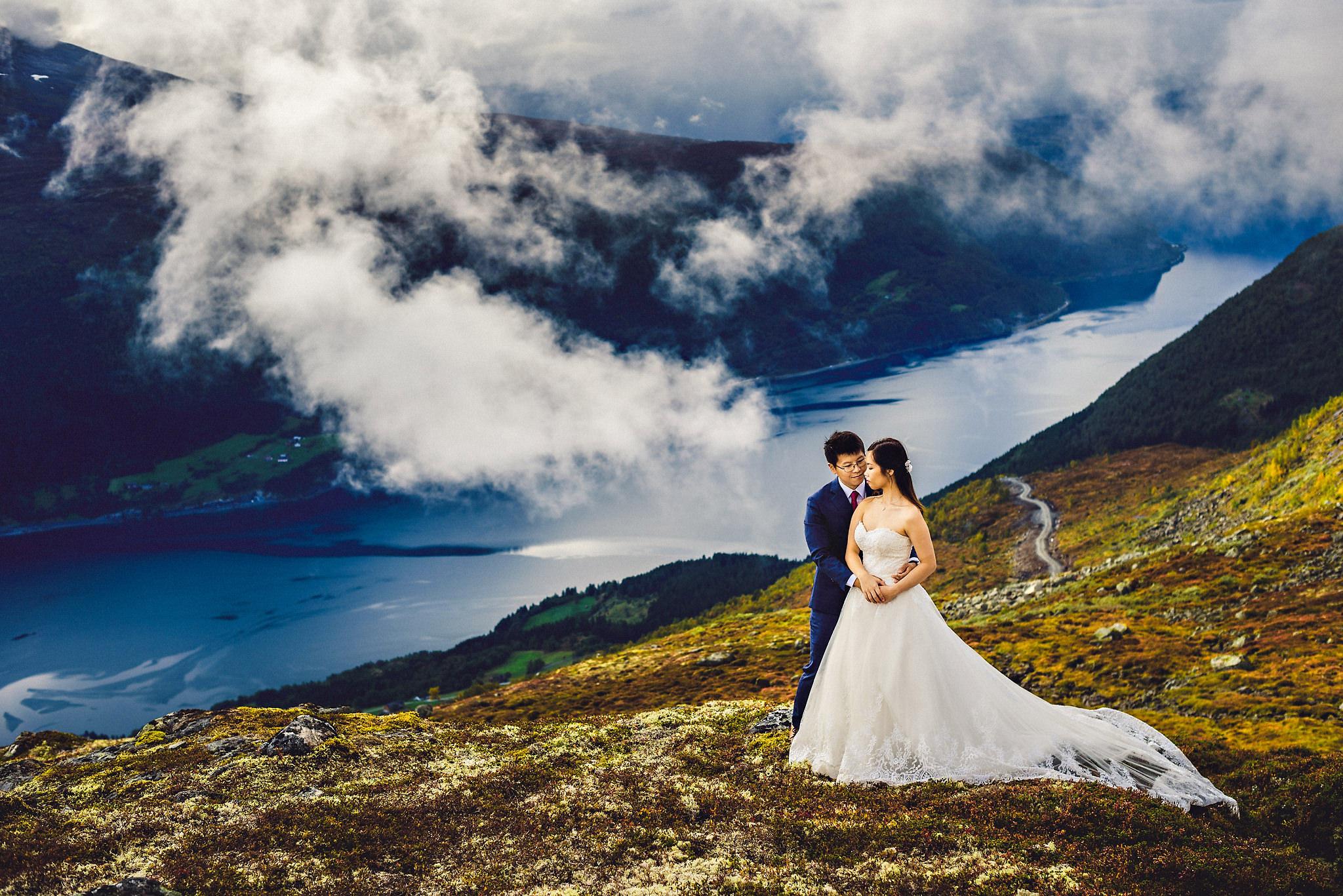 Bryllup på Yrineset i Oldedalen bryllupsfotograf sogn og fjordane-70.jpg