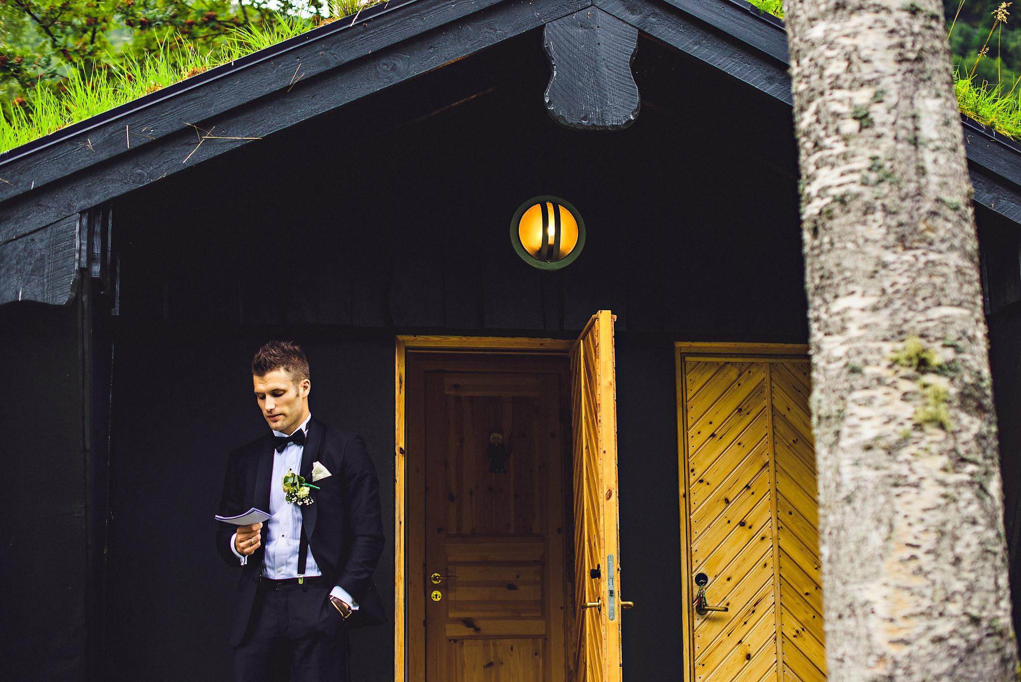 Bryllup på Yrineset i Oldedalen bryllupsfotograf sogn og fjordane-28.jpg