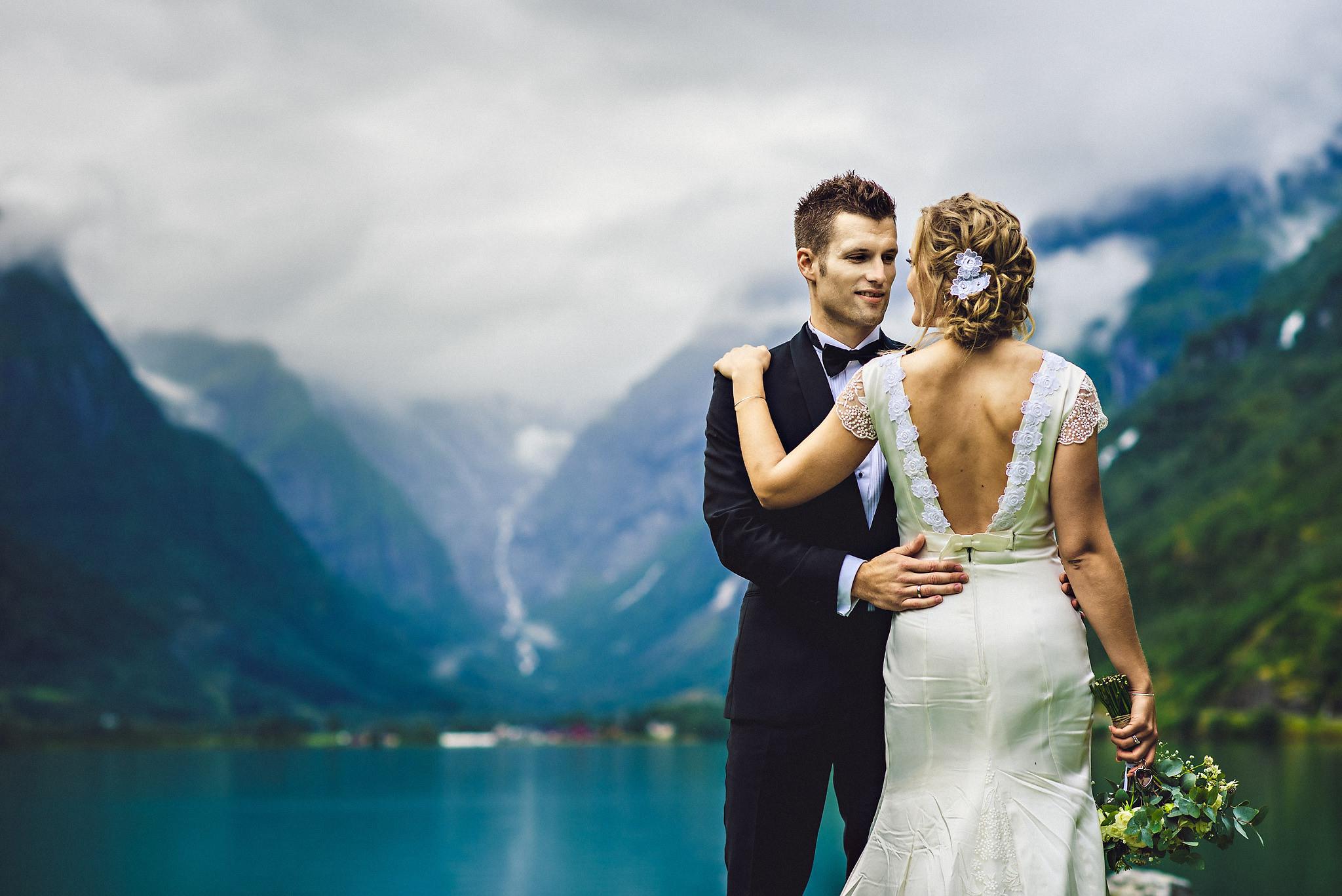 Bryllup på Yrineset i Oldedalen bryllupsfotograf sogn og fjordane-43.jpg