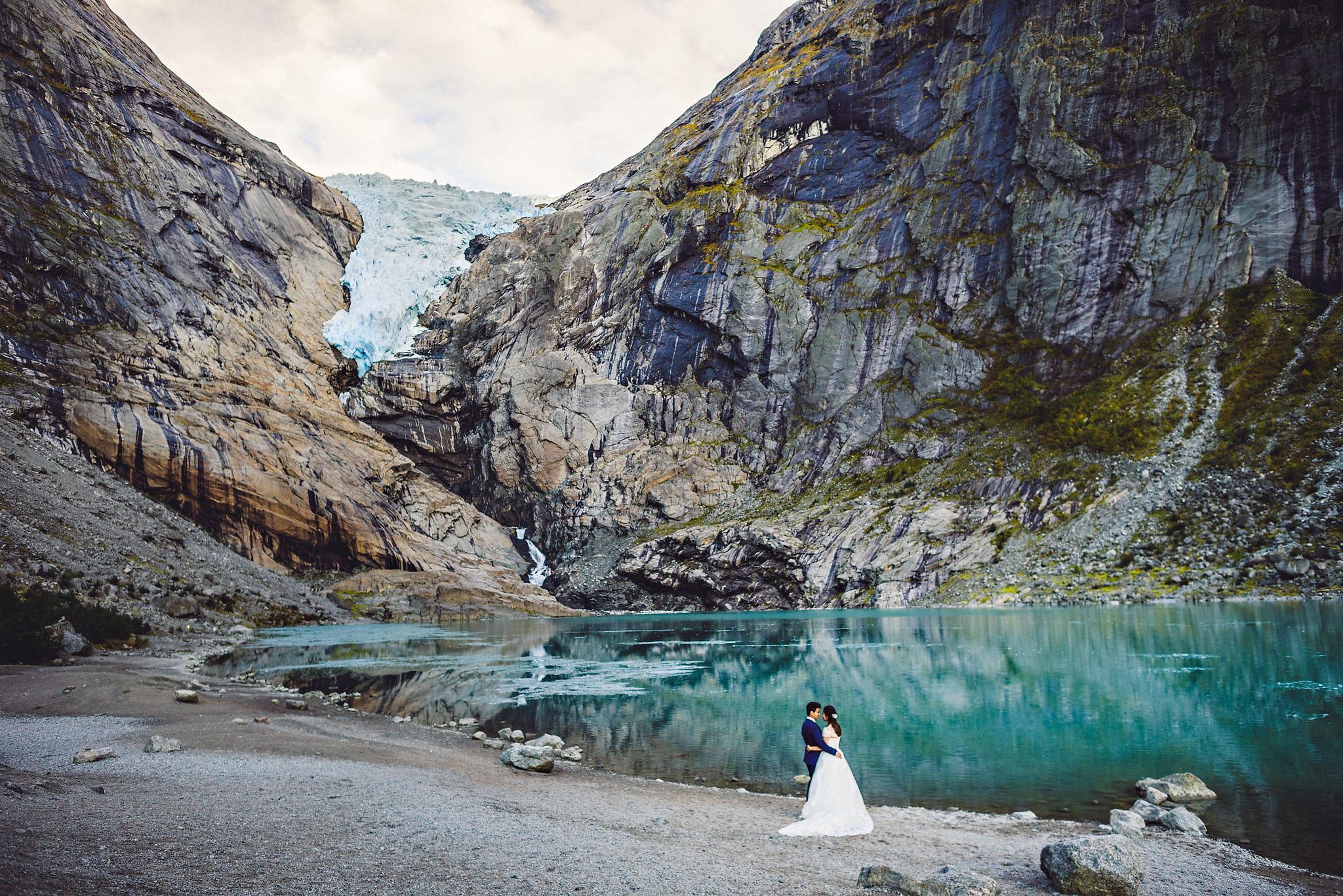 Bryllup på Yrineset i Oldedalen bryllupsfotograf sogn og fjordane-75.jpg