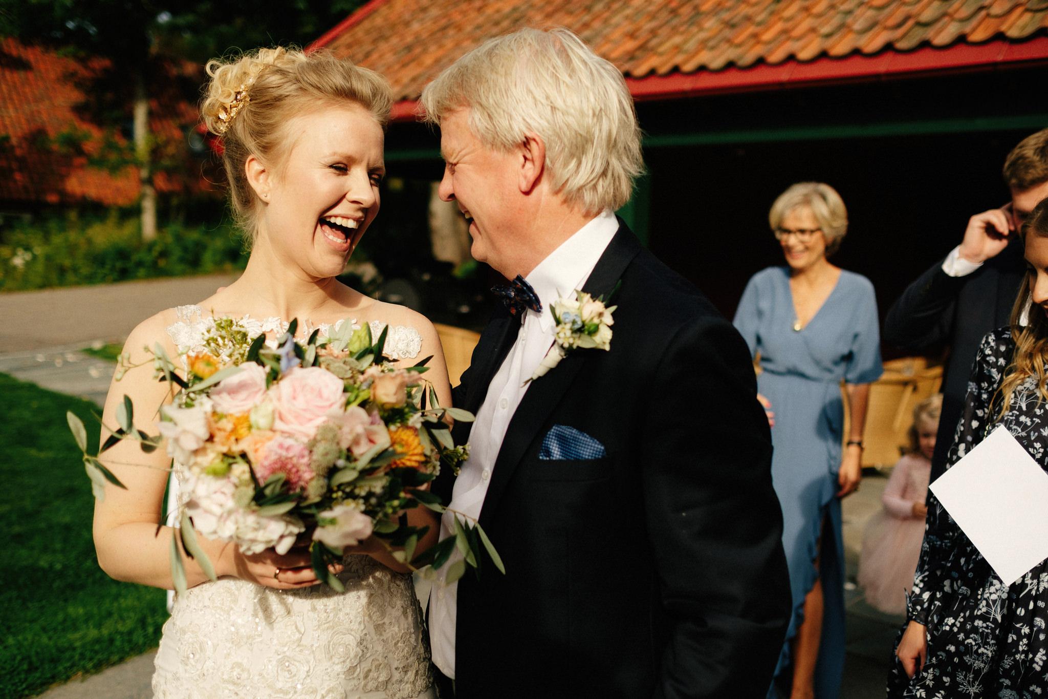 Brud og pappa brylluo