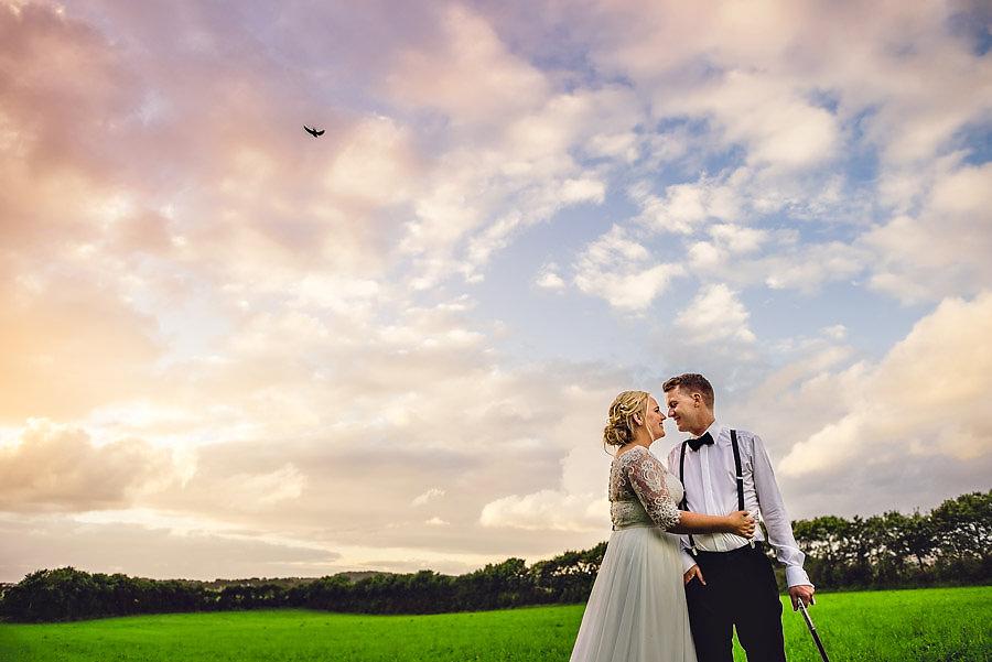 bryllupsportretter i solnedgang fotograf jæren