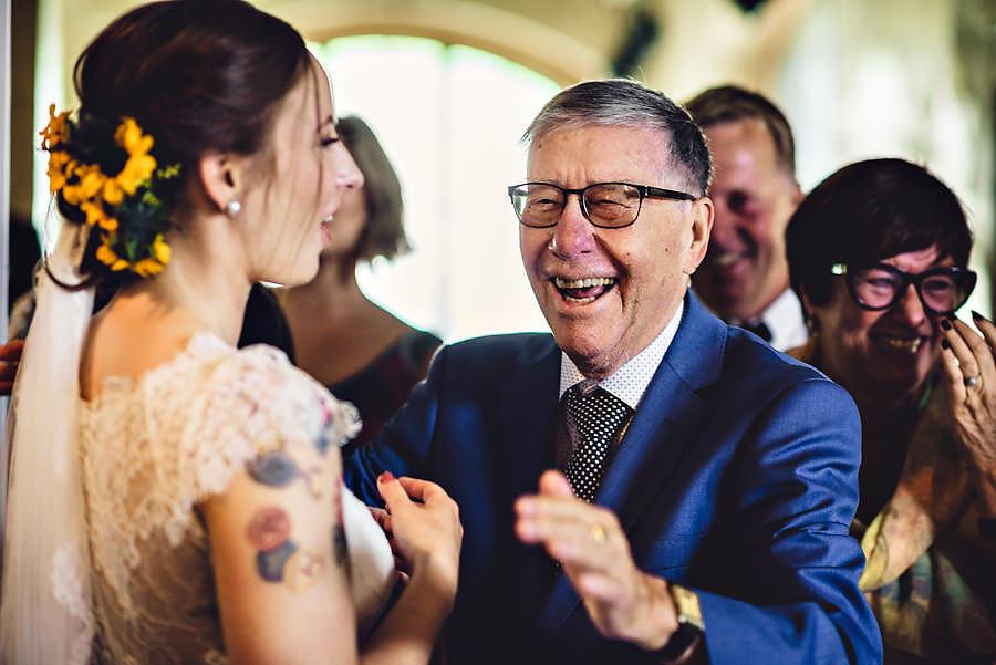 glad bestefar i bryllup i stavanger