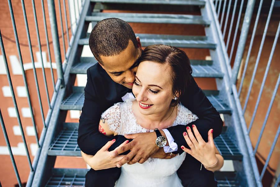 nydelig brudepar på tou scene