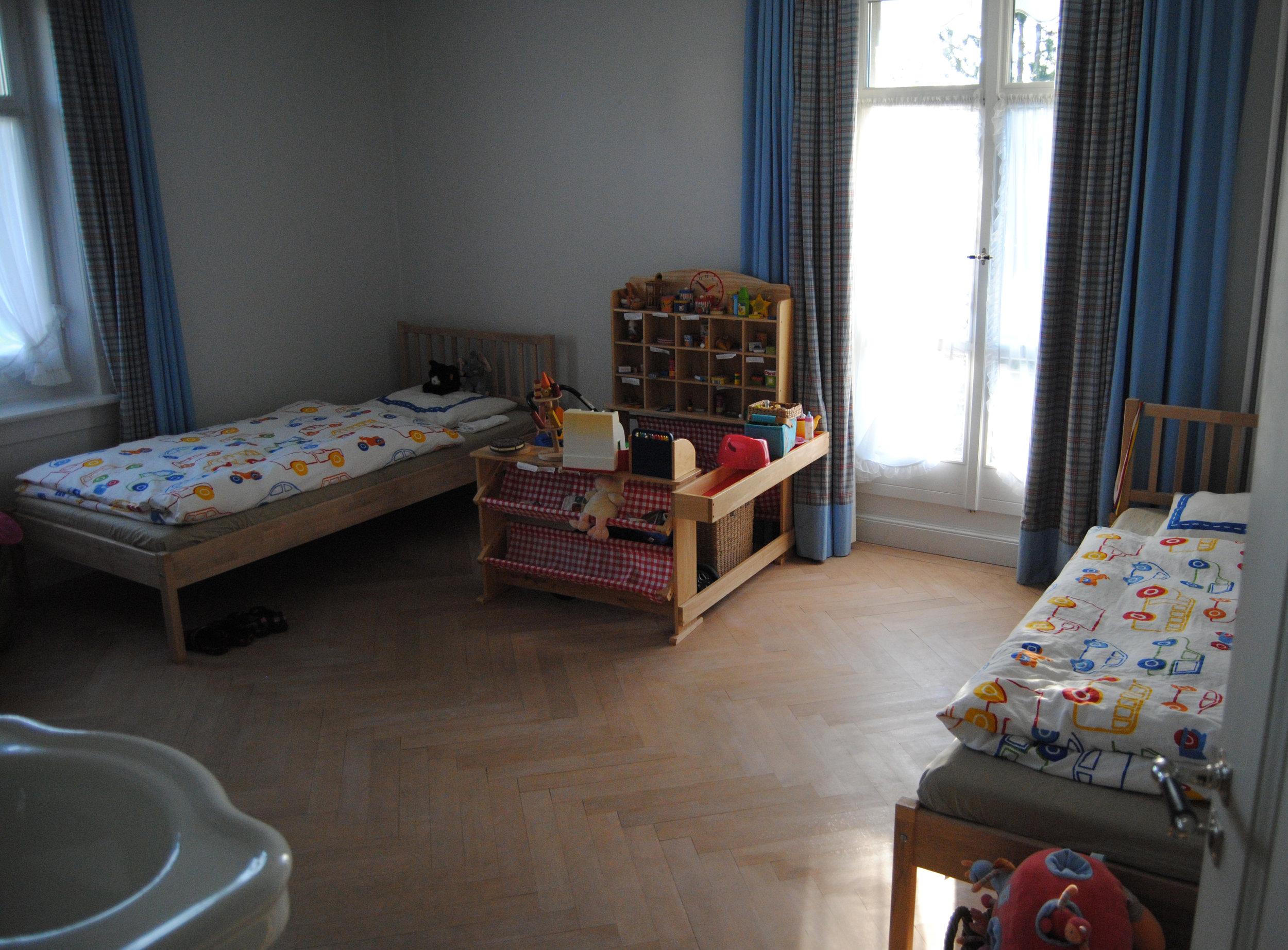 Kinderzimmer_FF_VORHER.jpg