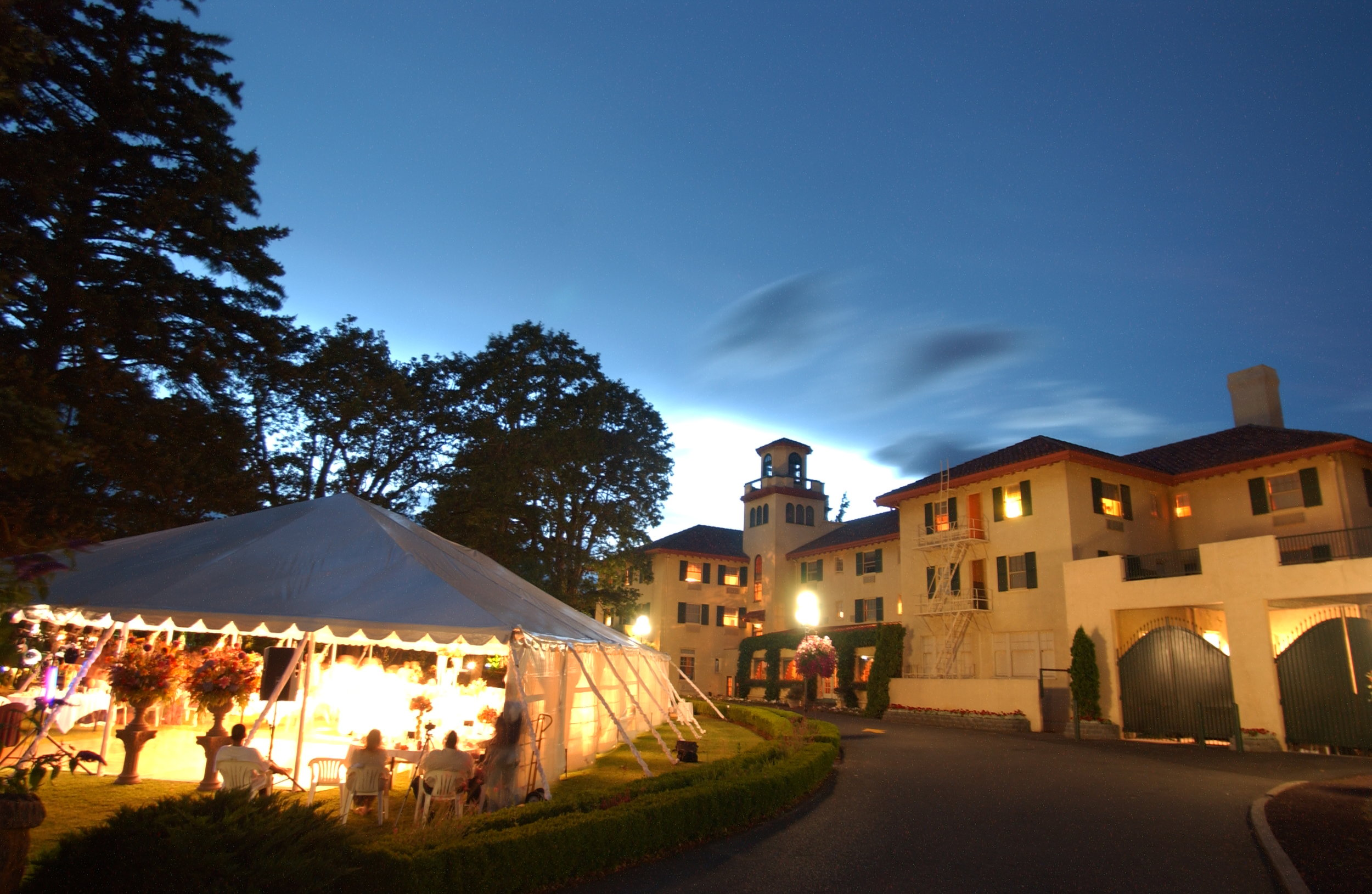 Hotel Tent.jpg