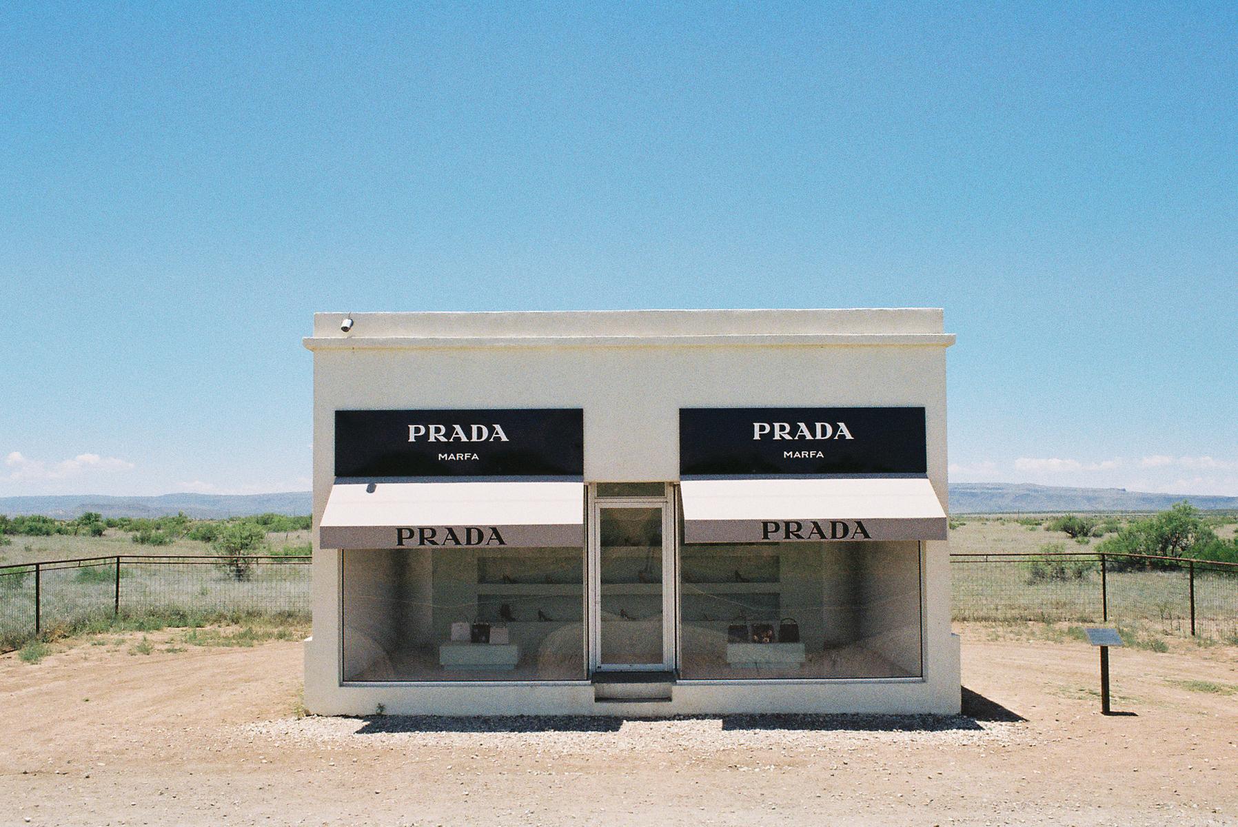 02-prada.jpg