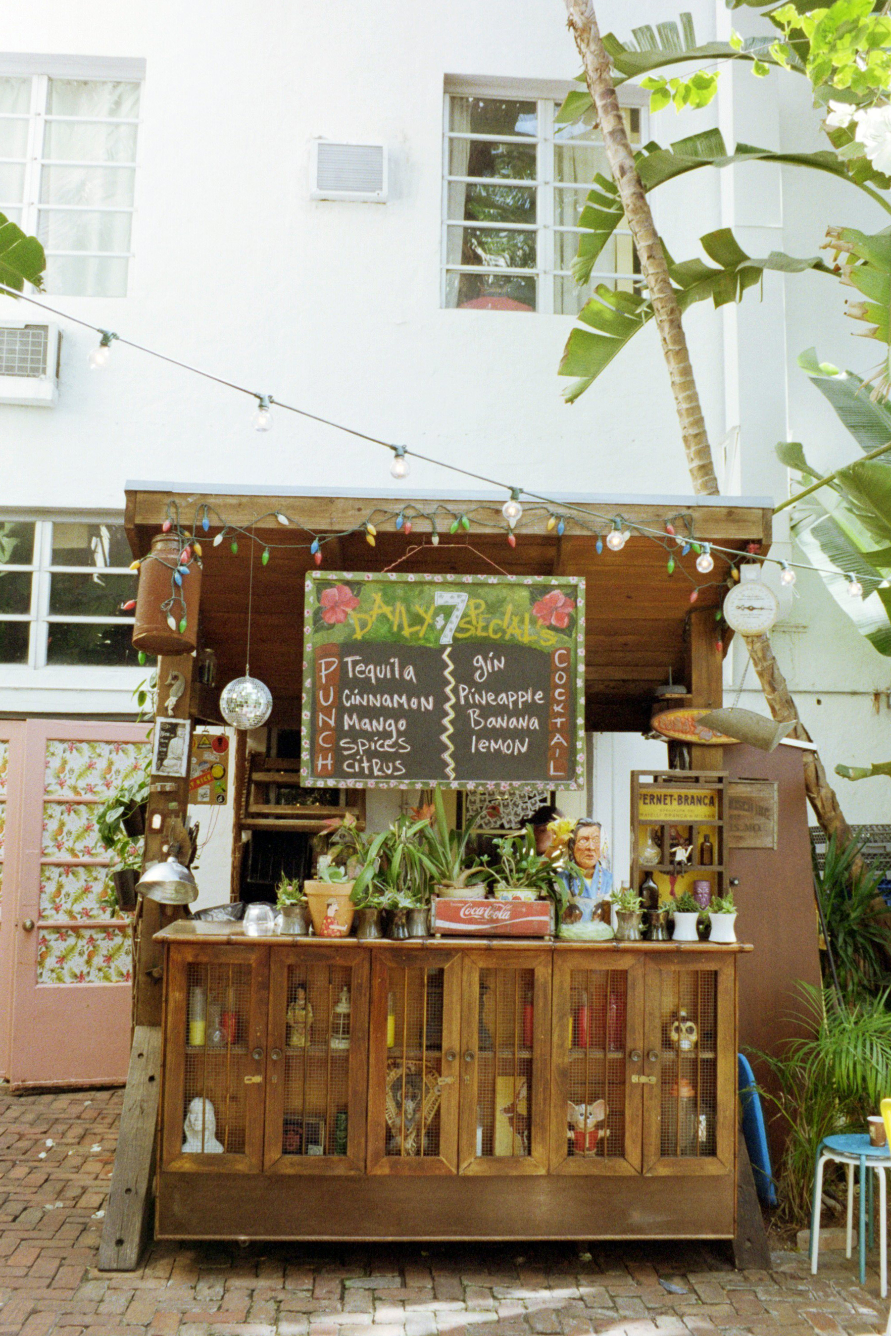 The Broken Shaker's poolside tiki-bar