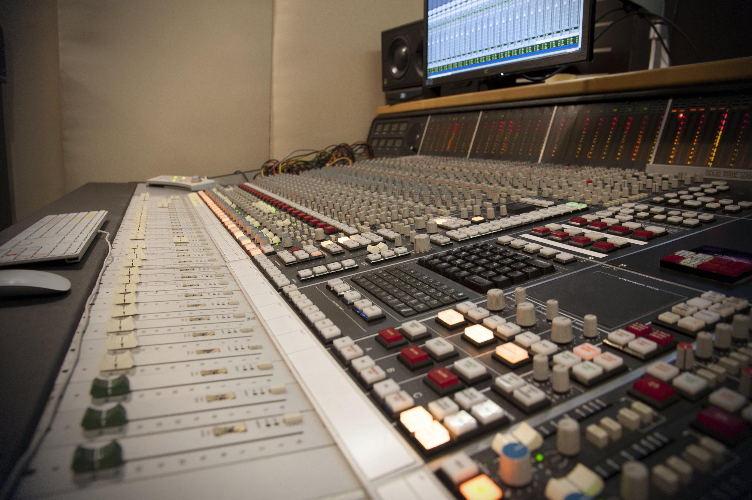 mixer 1.jpgok.jpg