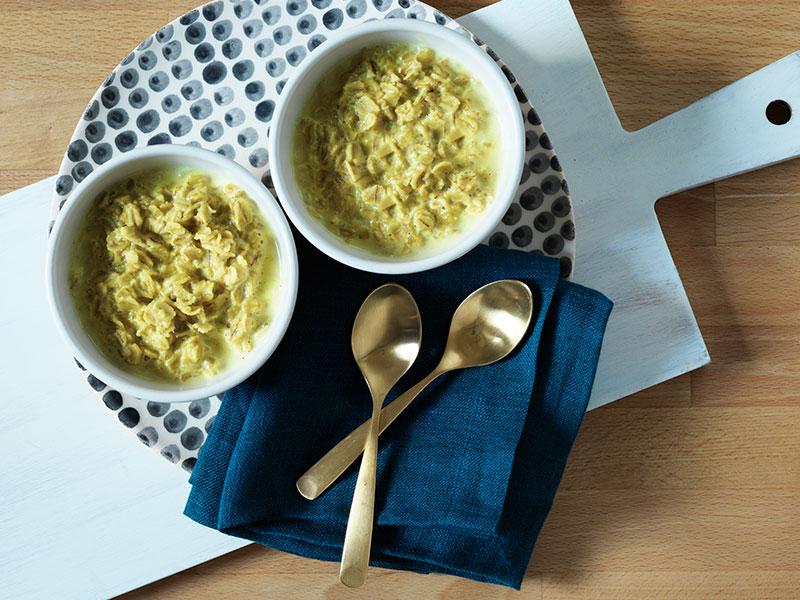 Recipe_Golden_Oatmeal_Honey_Turmeric_Countertop.jpg