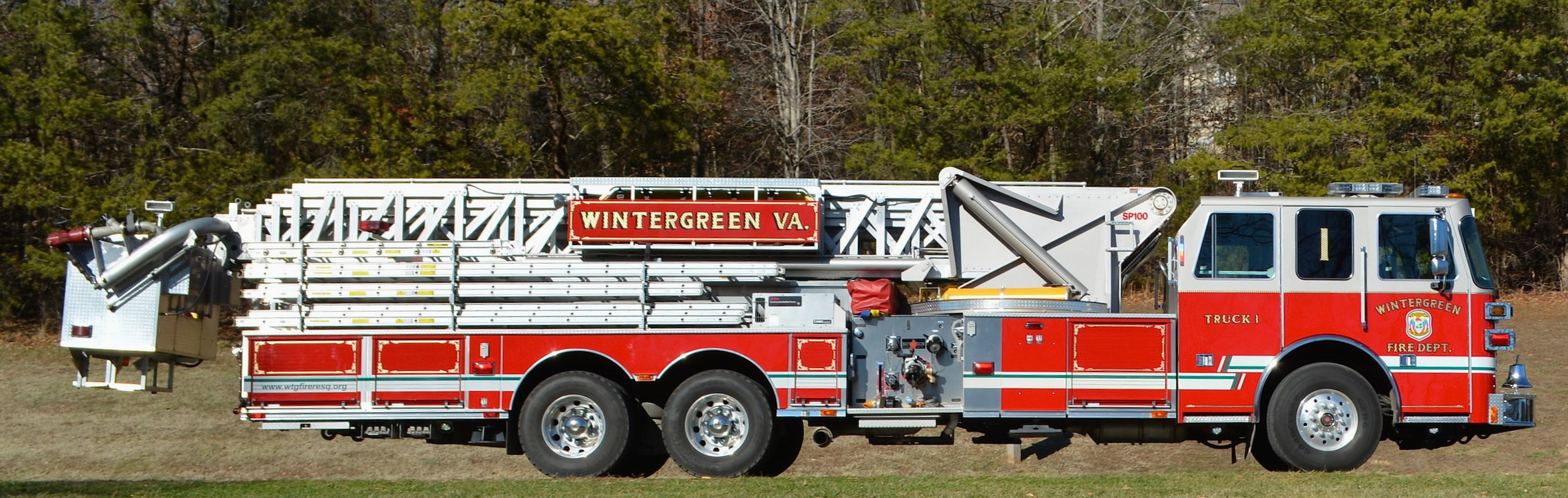 Truck 61  - 2008 Sutphen SP 100 Monarch Chassis, 2000 gpm Hale Pump, Detroit Series 60 515hp motor, Remote control nozzle, All-Wheel Drive rear on demand, 100% LED lighting, 500 gallons of water, Automatic Snow Chains.
