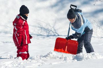 kids-shoveling-snow-360x240.jpg