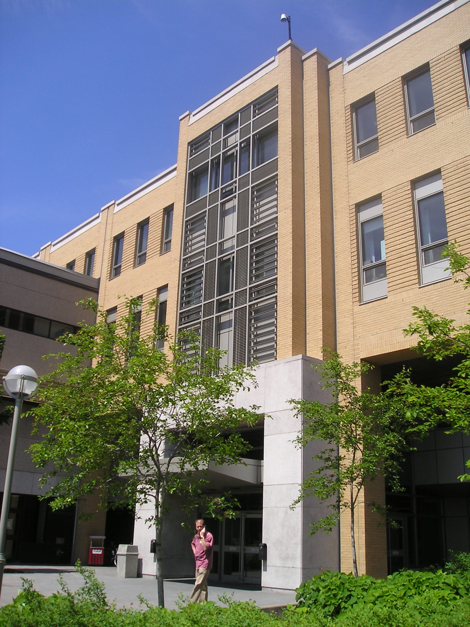 Agrandissement de l'hôpital de l'Enfant-Jésus  Année :1997  | Budget: 40,8M$