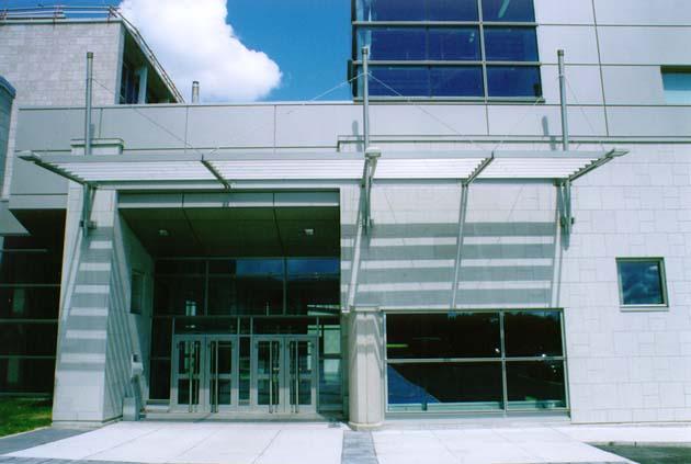 Agrandissement du Pavillon Adrien-Pouliot  Année : 1998  | Budget: 31M$   Réalisé en consortium