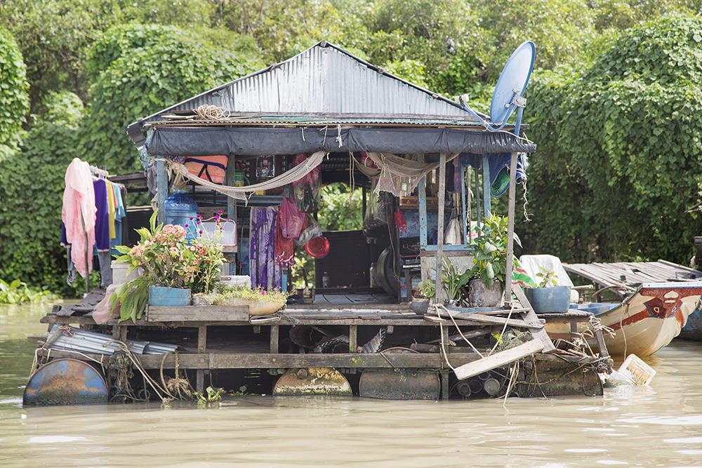 Alina Fedorenko_Icons on Water_Cambodia_31.jpg