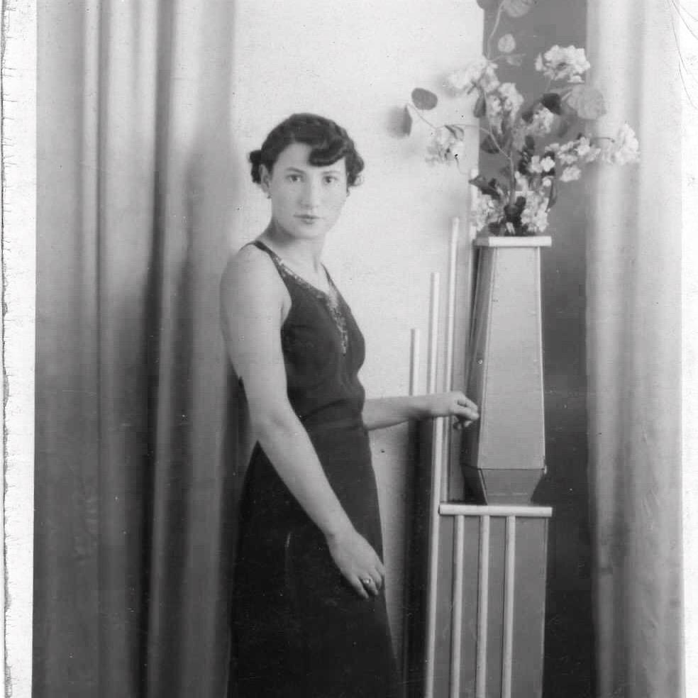 Ester 'Tessa' Dudakoff