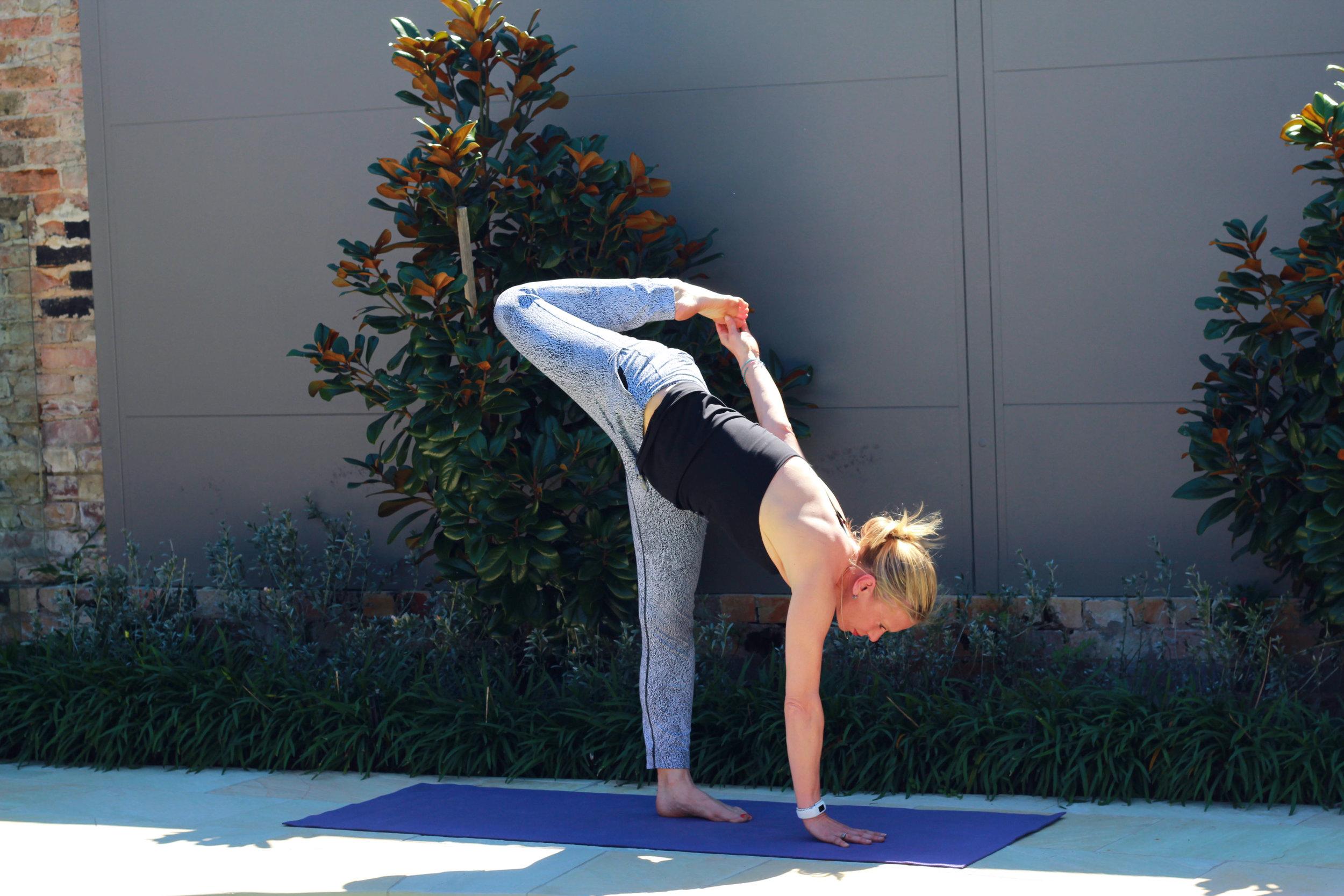 pool yoga 16.jpg