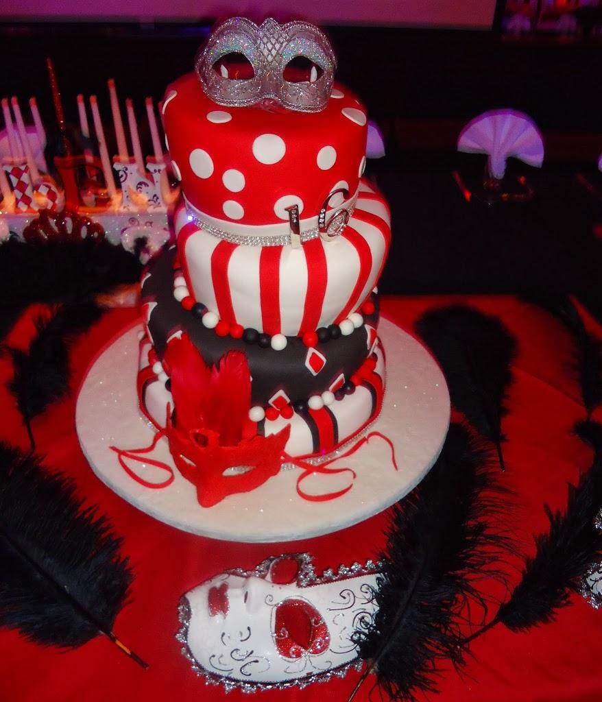 nicoles-lifestye-lounge-cake.jpg