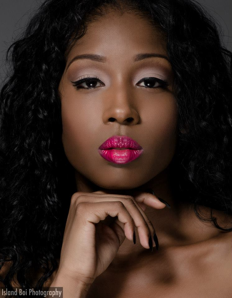 When before you get into color-matching you will need to first figure out your skin's need – light, medium or full coverage.  #darkskinmakeup #makeup #womenofcolor #beautyblogger #makeupartist