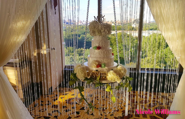 neckishia-dane-wedding-cake.jpg