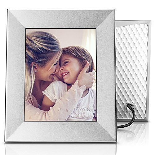 Auto save your memories in this digital frame