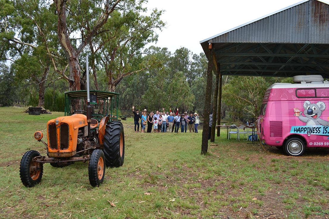 Visit My Farm Australia - Glendale, Sandigo NSW