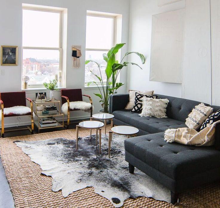 4dd7506f6ab61e1e7e34140ff6f72654-animal-hide-rug-living-rooms-cow-skin-rug-living-room.jpg