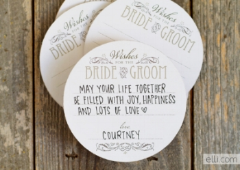 Photo Credit:https://www.faulknersranch.com/7-fall-guest-book-ideas-creative-bride-will-love/